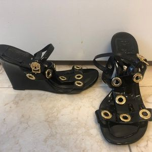 Tory Burch Black open Toe Wedge Sandals